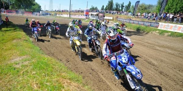 Grande spettacolo nella terza prova del tricolore motocross Senior e Femminile a Cremona con ben 175 piloti al via